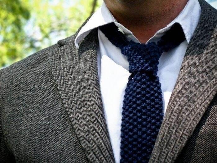 телеэкрана вязаный галстук фото состыковать